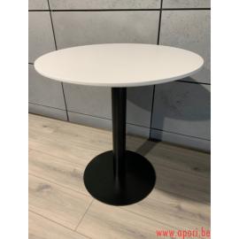 Table VICTORIA WHITE 700