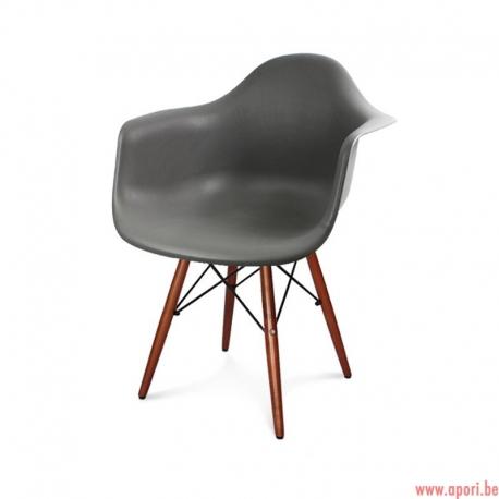 Chaise moderne et élégante 211 AB / TA