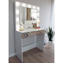Coiffeuse classique avec miroir et l'éclairages DECO